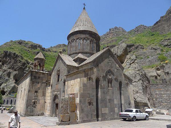 Katoghike z 1215 roku
